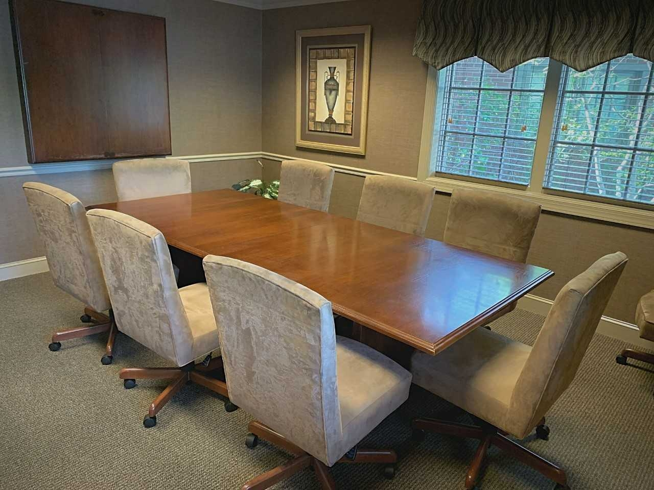 Conference Room - 8 Seats - Byron Office Space Solutions